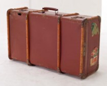 SUITCASE-BROWN W/WOOD STRAPS